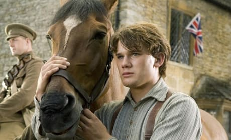 War Horse Exclusive: Jeremy Irvine Talks to Movie Fanatic