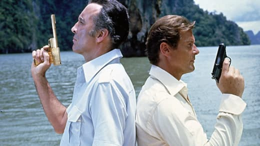 Christopher Lee Roger Moore The Man with the Golden Gun