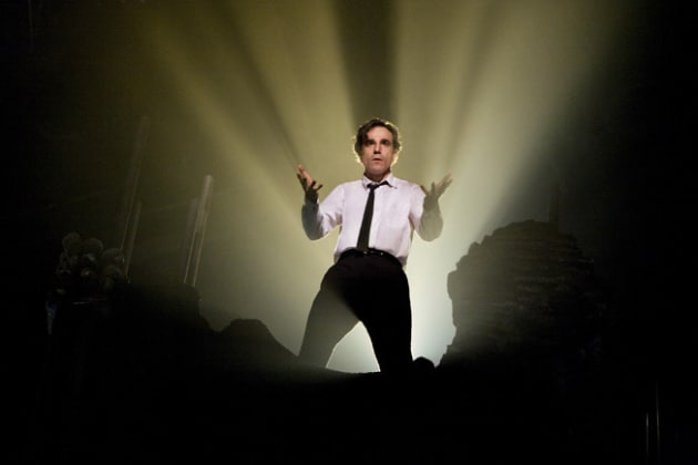 Daniel Day-Lewis as Guido Contini