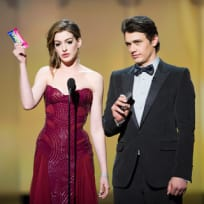 Anne Hathaway's Oscar Outfits #5