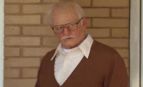 Bad Grandpa Clip: Johnny Knoxville Takes Off!