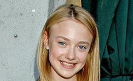Dakota Fanning Addresses New Moon Casting Rumors