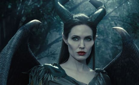 Maleficent Wings Teaser Trailer: Angelina Jolie Flies!