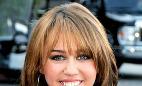 Miley Cyrus to Star in Nicholas Sparks Movie