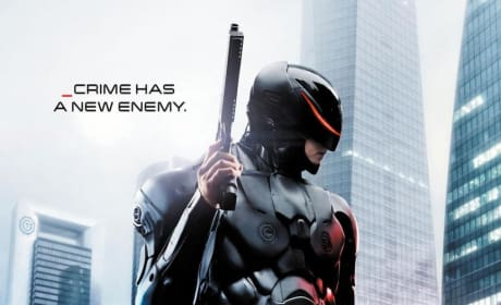 RoboCop Poster: Crime Has a New Enemy