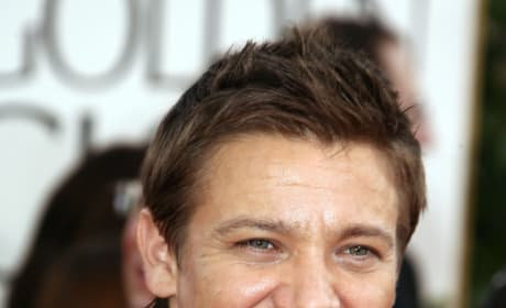 Jeremy Renner To Take Over Bourne Legacy