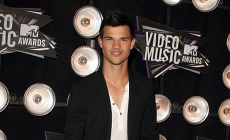 Taylor Lautner Moves Past Jacob: Starring in Gus Van Sant Flick