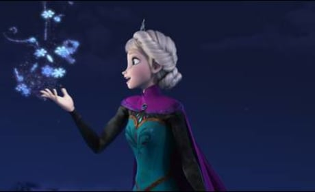 Elsa Sings Let it Go in Frozen