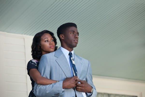 Nicole Beharie and Chadwick Boseman in 42