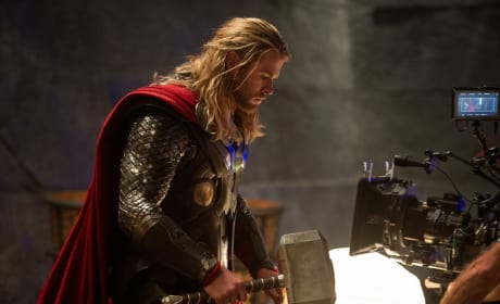 Thor: The Dark World Chris Hemsworth Set Pic
