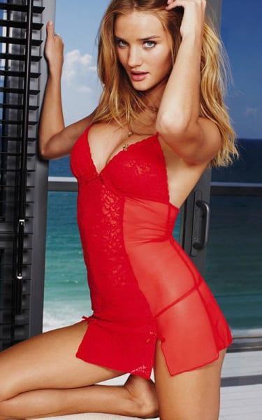 Rosie Huntington-Whiteley red dress