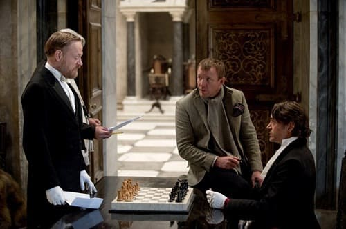 Guy Ritchie directs Sherlock Holmes: A Game of Shadows