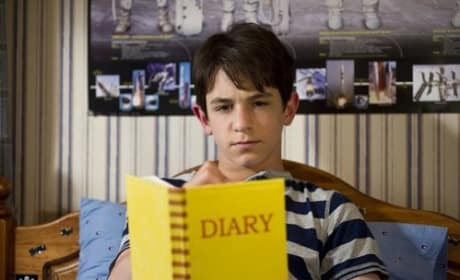Zachary Gordon in Diary of a Wimpy Kid Dog Days