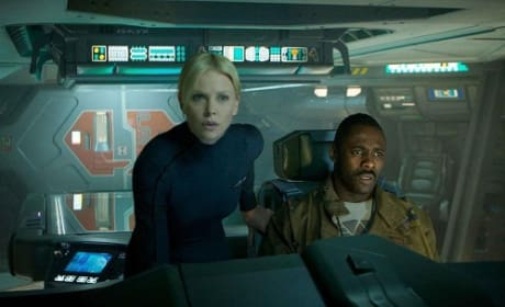 Charlize Theron and Idris Elba in Prometheus