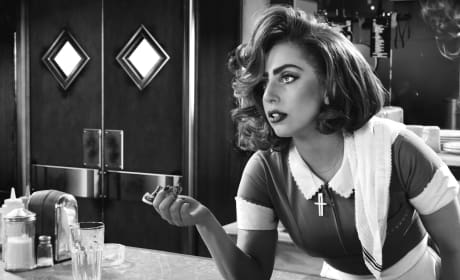 Sin City A Dame to Kill For Photos: Rosario Dawson is Back!