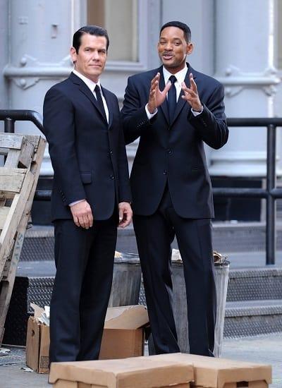 Will Smith and Josh Brolin on MIB3 set