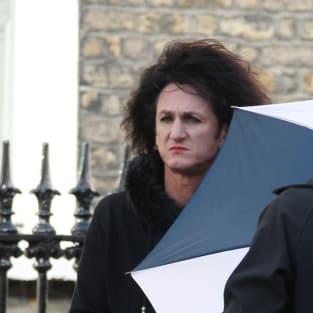 Sean Penn in Drag