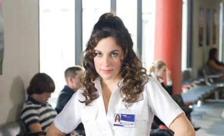 Lindsay Sloane as Marnie