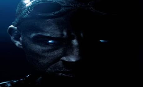 Riddick Trailer: Vin Diesel Rules the Dark