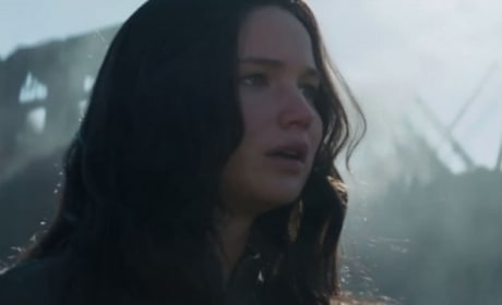 Mockingjay Part 1 Trailer: Katniss Returns to District 12