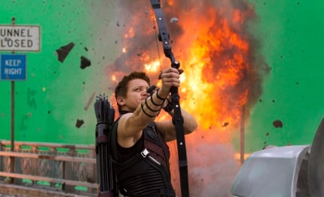 Captain America: Civil War Will Feature Hawkeye!