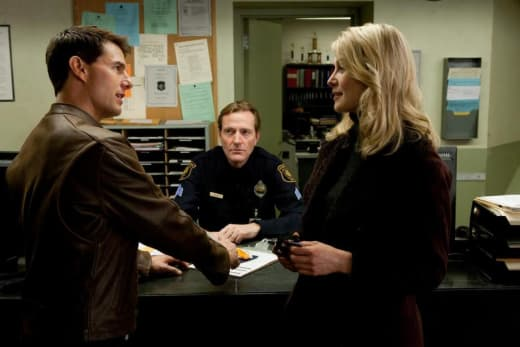 Tom Cruise and Rosamund Pike in Jack Reacher